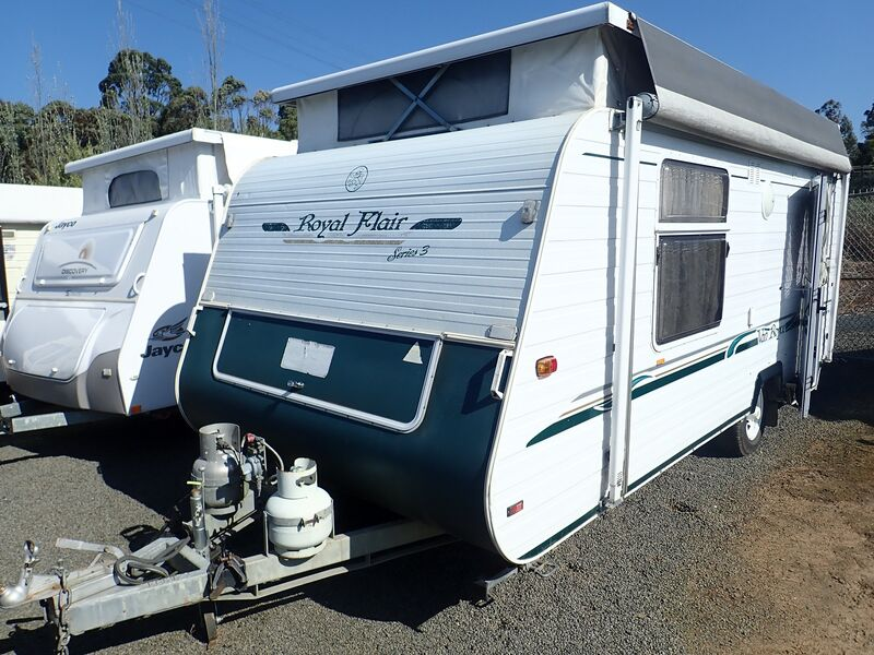 2003 Royal Flair Pop Top SN 1663