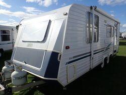 2001 Roma Caravan S/N 1692