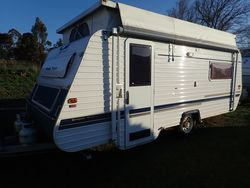 2004 Golden Eagle Pop Top SN 1621