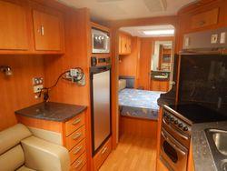 2009 Windsor Royal Caravan SN 1577
