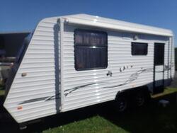 2011 Kingdom Caravan S/N 1670