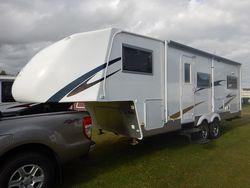 2013 Cut Loose 5th Wheeler & 2013 Ford Ranger S/N 1491