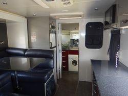 2014 Universal Caravan SN 1637