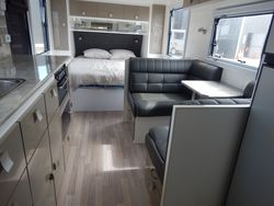 2018 Essential Caravan SN 1656