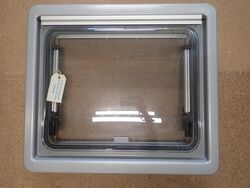 Dometic S4 450x500 Window Complete